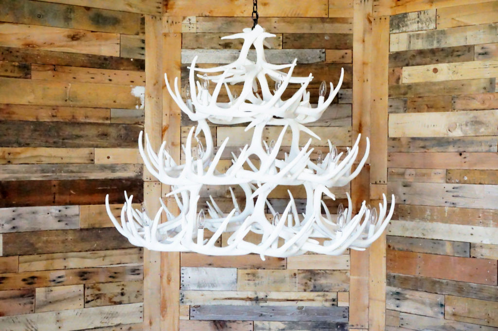 Pure white antler lights pure white whitetail 42 cast antler pure white whitetail 42 cast antler chandelier mozeypictures Image collections